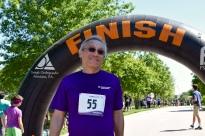 Dr. Der at the finish line